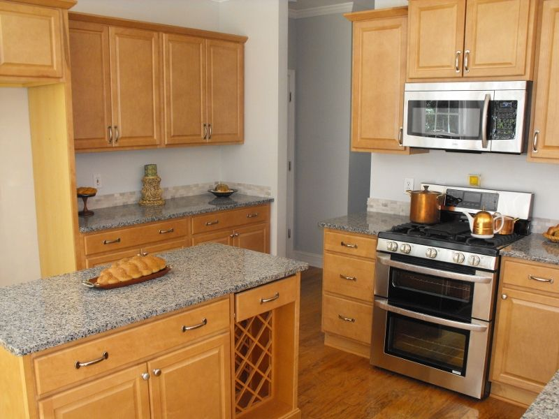 Kitchen maple granite countertops. Needs dark grey tile ... on Gray Countertops With Maple Cabinets  id=43905