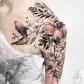 A imagem pode conter uma ou mais pessoas tattos pinterest