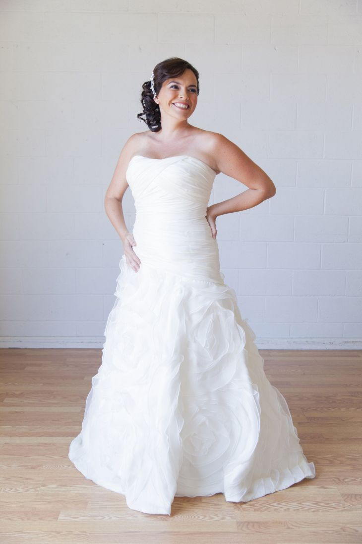 Would you rent your wedding dress  New York Post  PRACTICAL