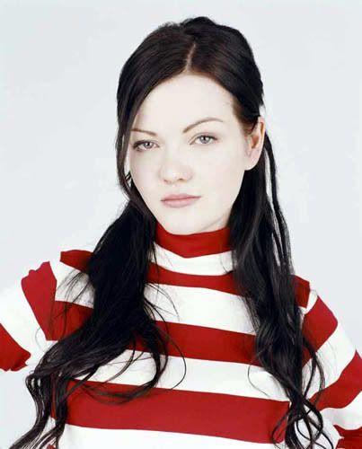 Meg White Pinteres