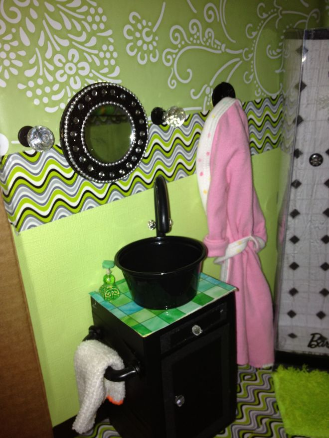 Bathroom sink and robe inspired by my froggy stuff