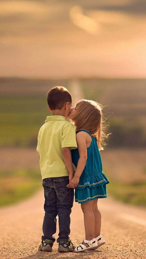 Love Kiss HD Wallpapers for Mobile | WallpapersCharlie ...