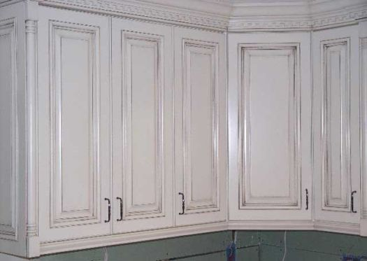 Painted Cabinets With Glaze Rub Through Paint Finish