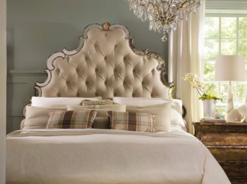 Hooker Sanctuary Bristol Tufted Upholstered Mirrored King