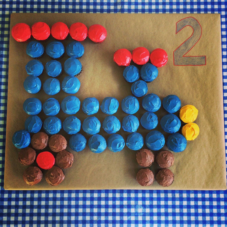 Diy Train Cupcake Cake Train Birthday Cake