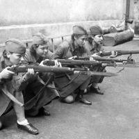 Mujeres en la II Guerra Mundial: Las francotiradoras y las Brujas de la Noche.