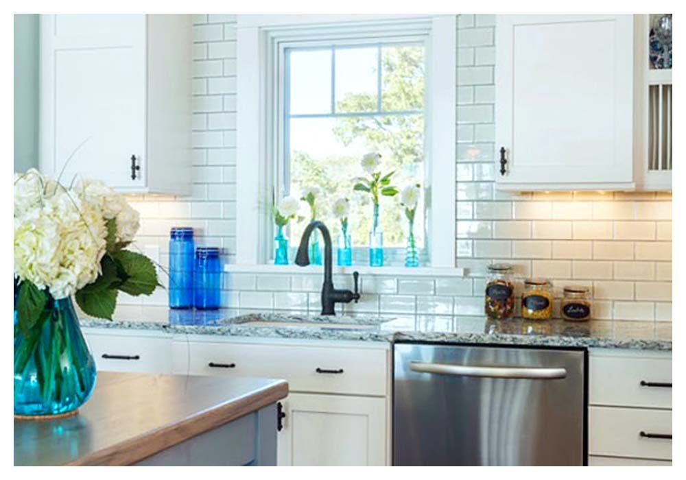 awesome 25 best kitchen backsplash around window 2016 installing kitchen backsplash around on kitchen cabinets around window id=57943