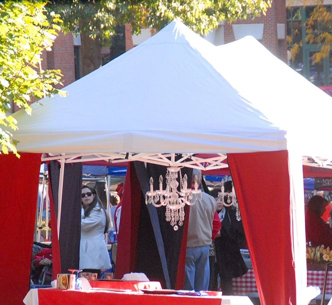Tailgating Tent Curtains Chandelier Ole Miss Knows How To Tailgate