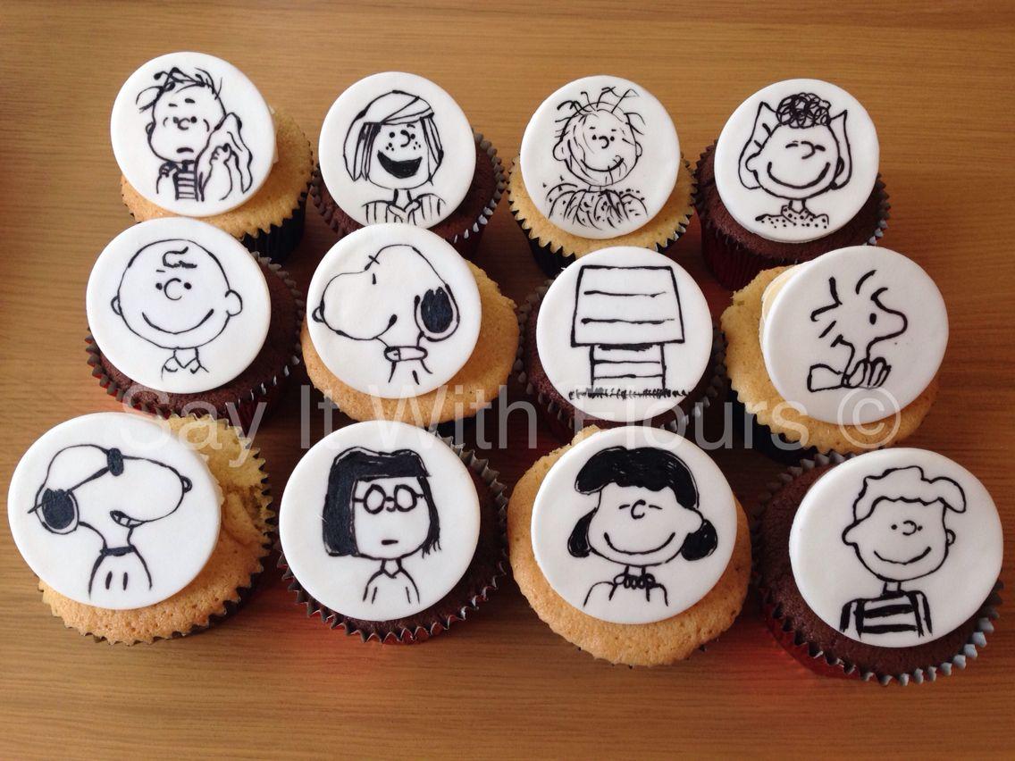 Peanuts Snoopy Cupcakes