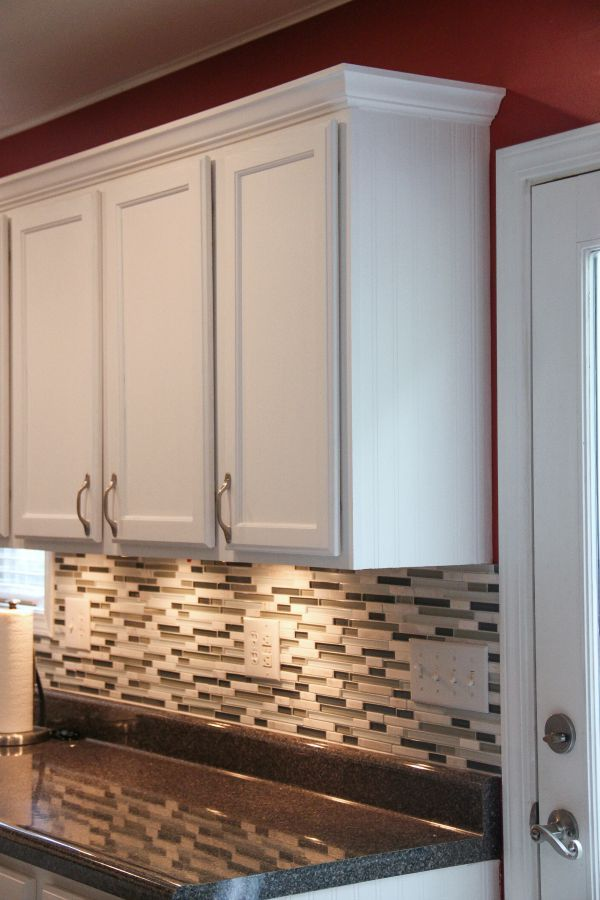 budget kitchen makeover laminate countertops countertops and moldings on kitchen cabinets trim id=78260