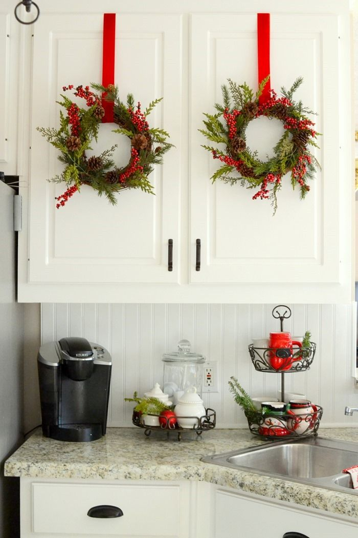 christmas in the kitchen so many cute decorating ideas christmas pinterest kitchens on kitchen ideas decoration themes id=50048