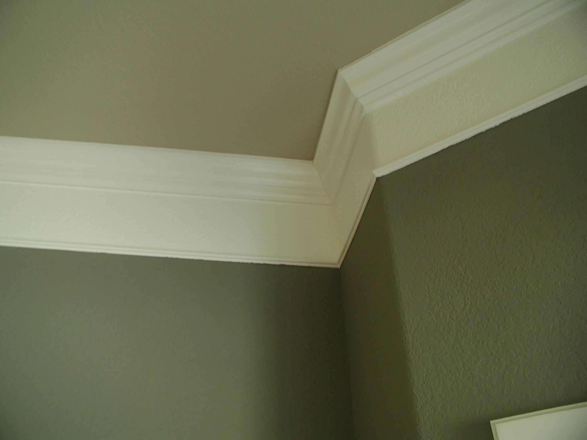 Crown Molding Ideas Crown Molding With Plaster Illusion