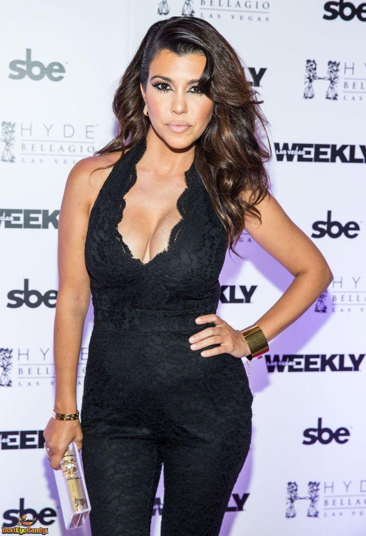 Kourtney Kardashian Style   KOURTNEY KARDASHIAN   Pinterest