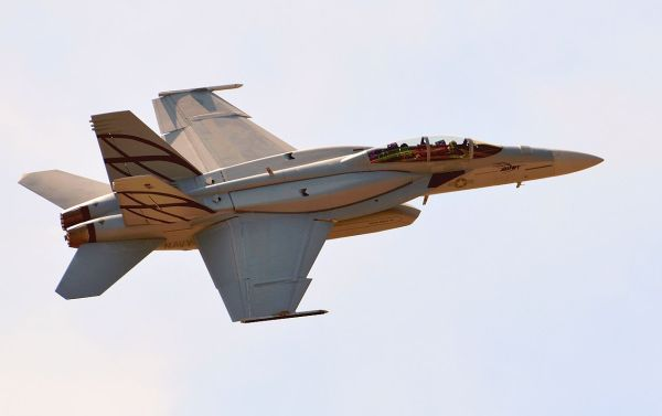 Boeing's new tricked-out Advanced Super Hornet ...