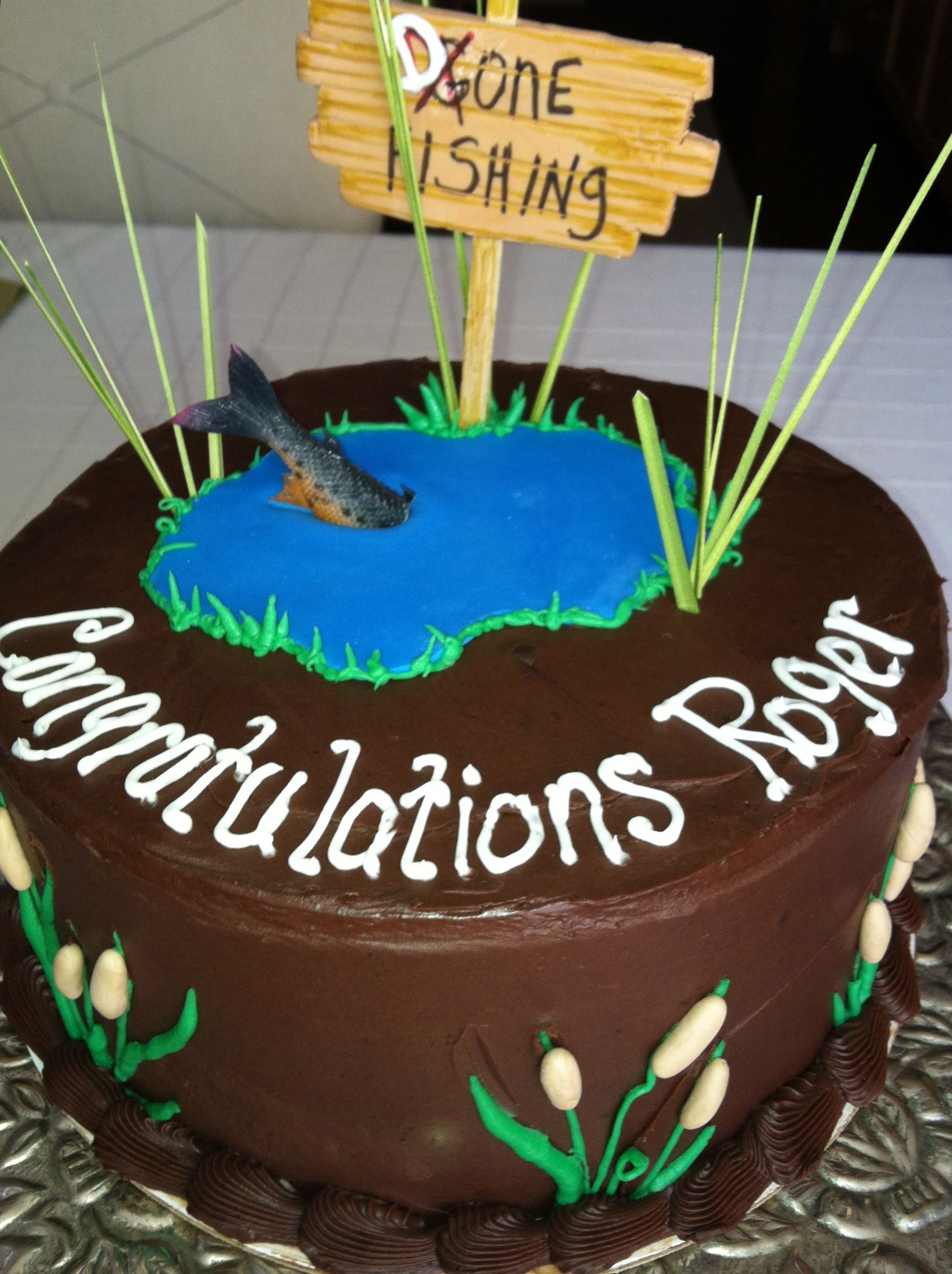 Retirement Cake Gone Fishing