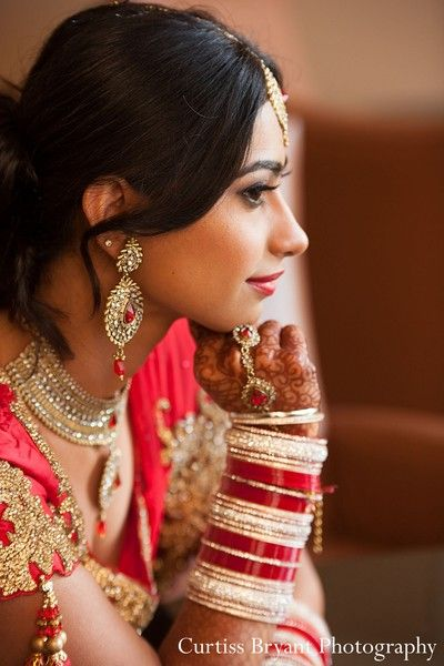 This Indian bride poses for beautiful wedding portraits