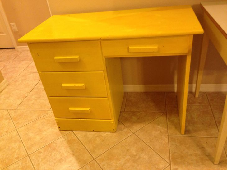 Ugly yellow desk She is screaming for a makeover Have a color