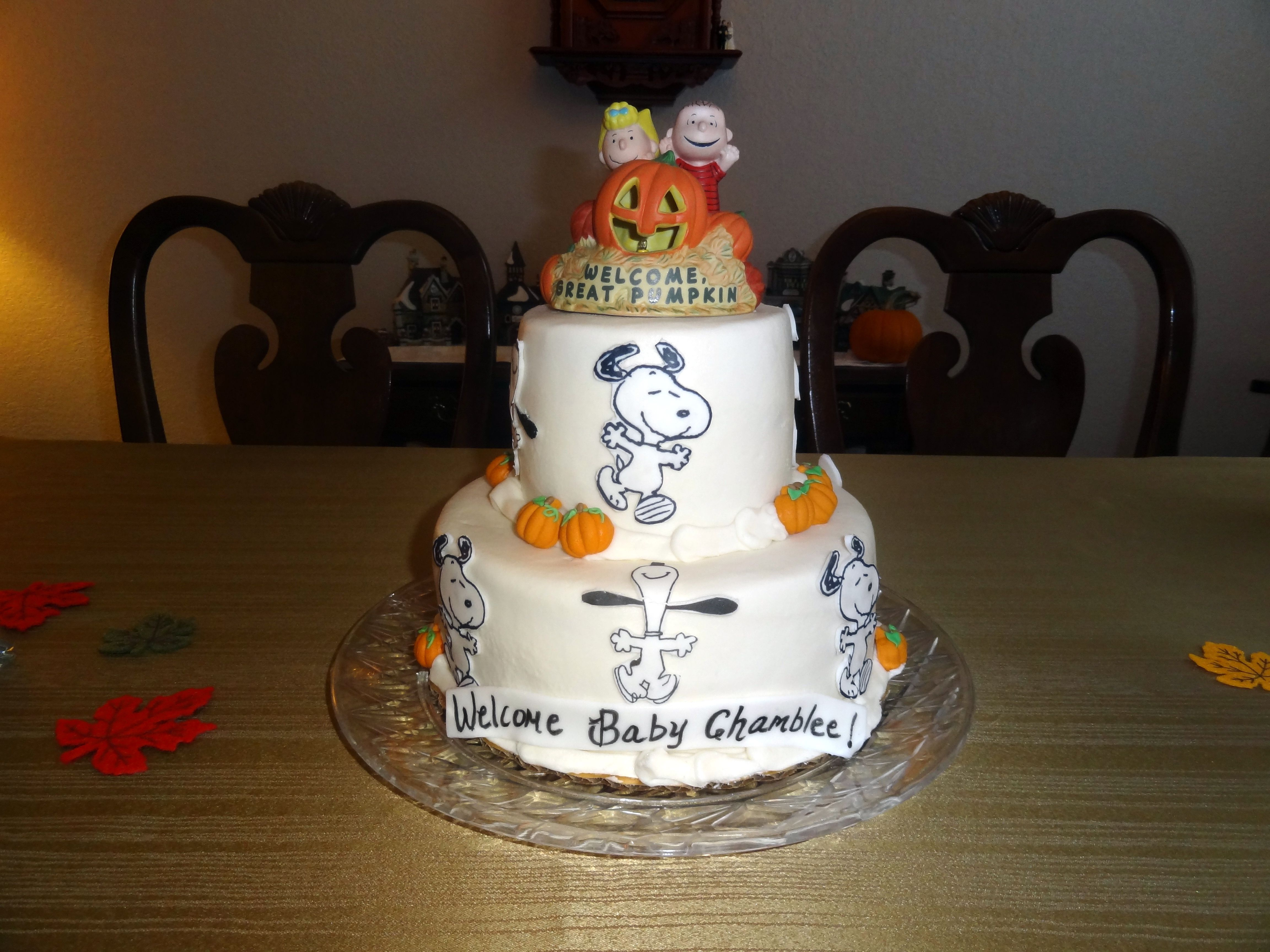 Snoopy Amp The Peanuts Gang Fall Baby Shower Cake