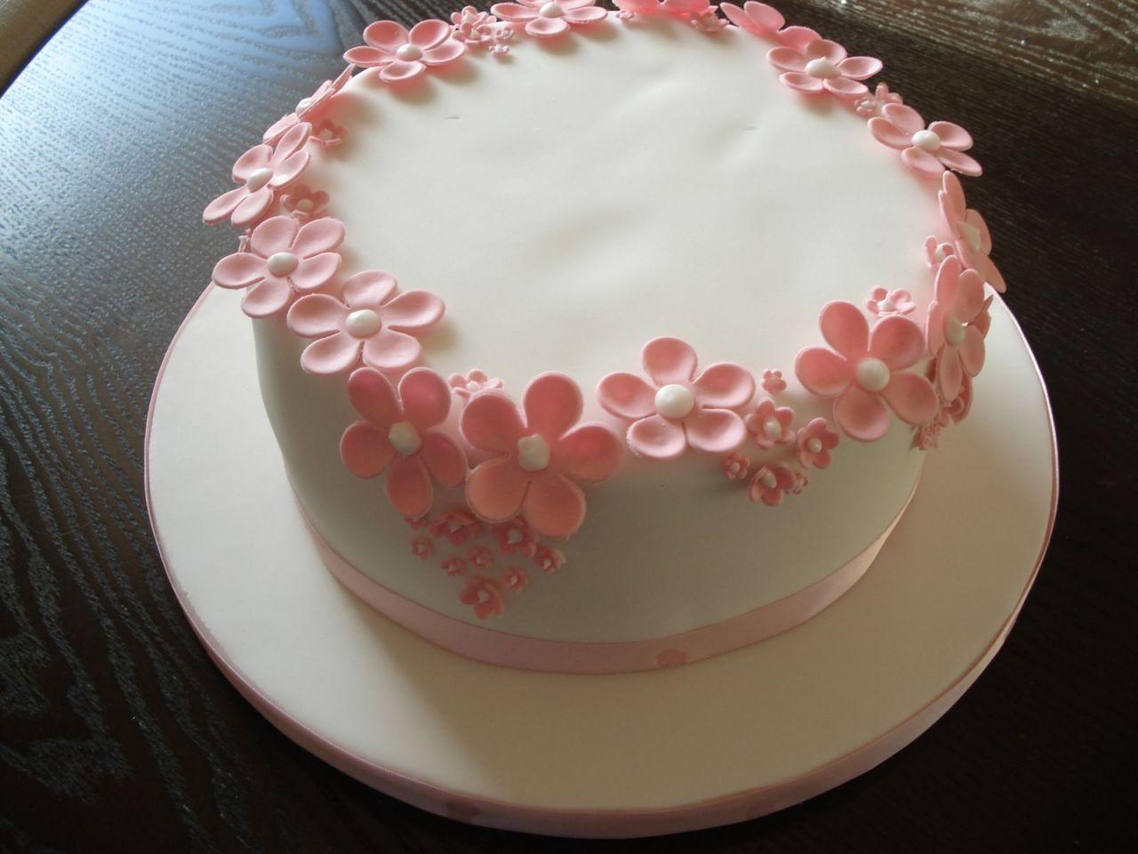Simple Birthday Cake Designs