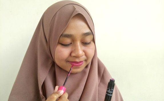 Cobain Pixy Lip Cream Edgy Plum