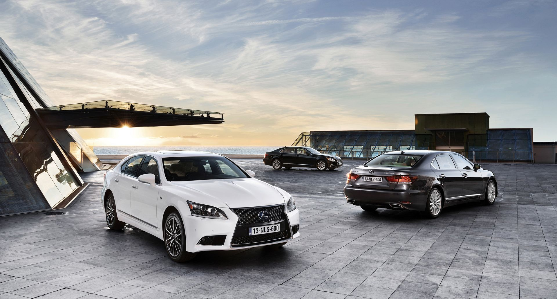 New details on the 2017 Lexus LS emerge