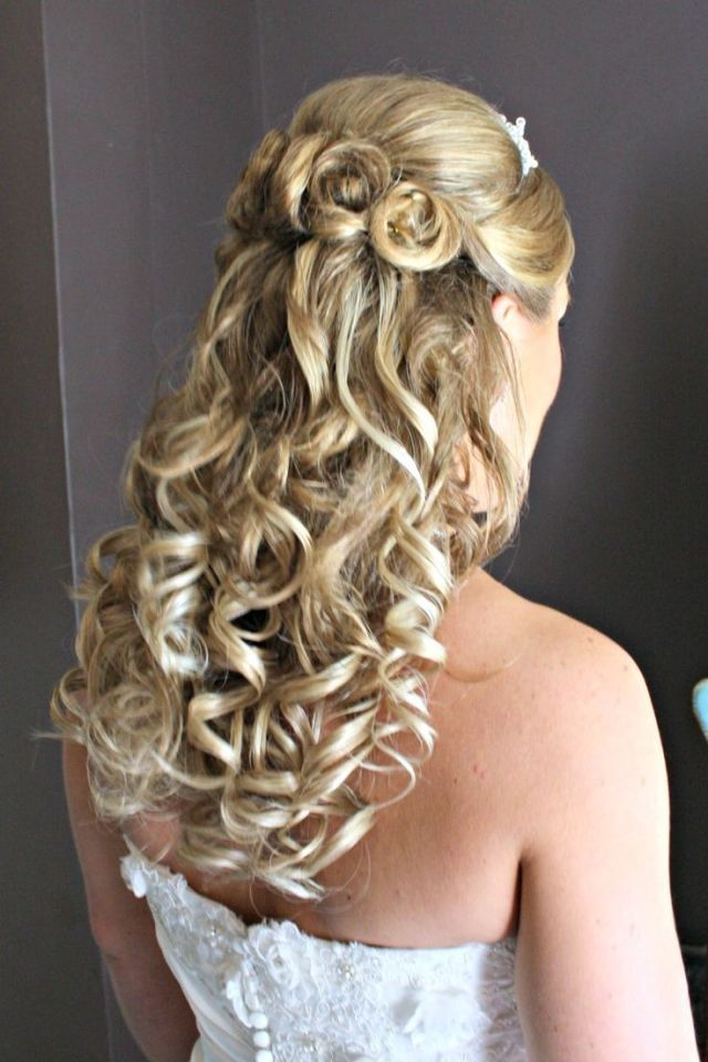 Bridal  Hairstyles  Half Up Half Down Blonde Wedding  ideas