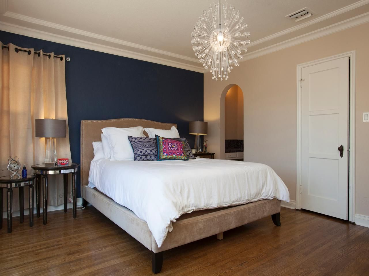 25 Amazing Room Makeovers From HGTVs House Hunters
