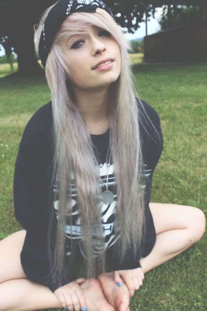 Like this look although this girl has some seriously fried ends