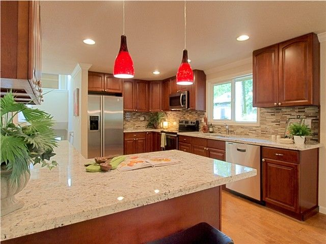 Maple Cognac Kitchen Cabinets - Wow Blog on What Color Countertops Go With Maple Cabinets  id=42861