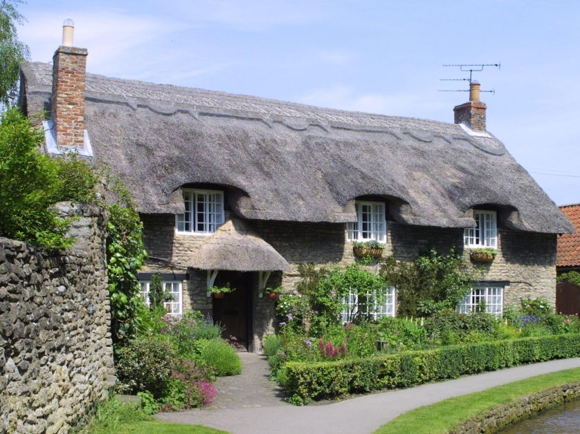 3b985ad1087304809c6dfa72d51ccb1c - THE MOST BEAUTIFUL ENGLISH COTTAGES PICTURES STUNNING ENGLISH COUNTRY COTTAGES AND HOMES IMAGES