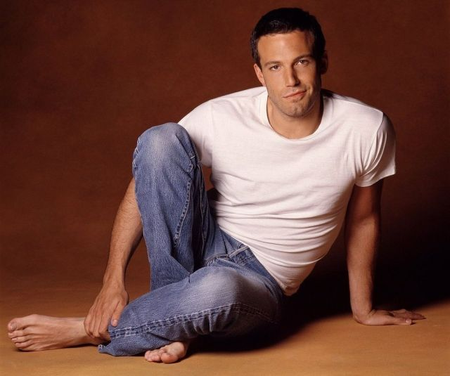 ben affleck height weight and body measurements. Black Bedroom Furniture Sets. Home Design Ideas