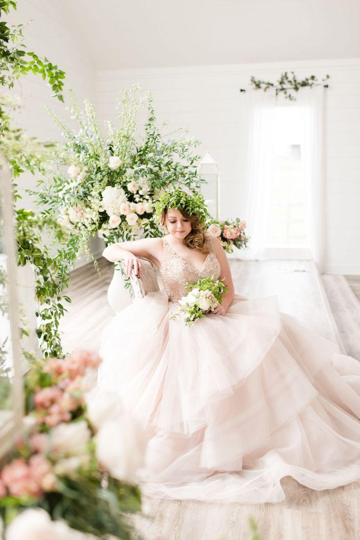 Weuve Been Midsummer Night Dreaming of Blush u White Wedding Ideas
