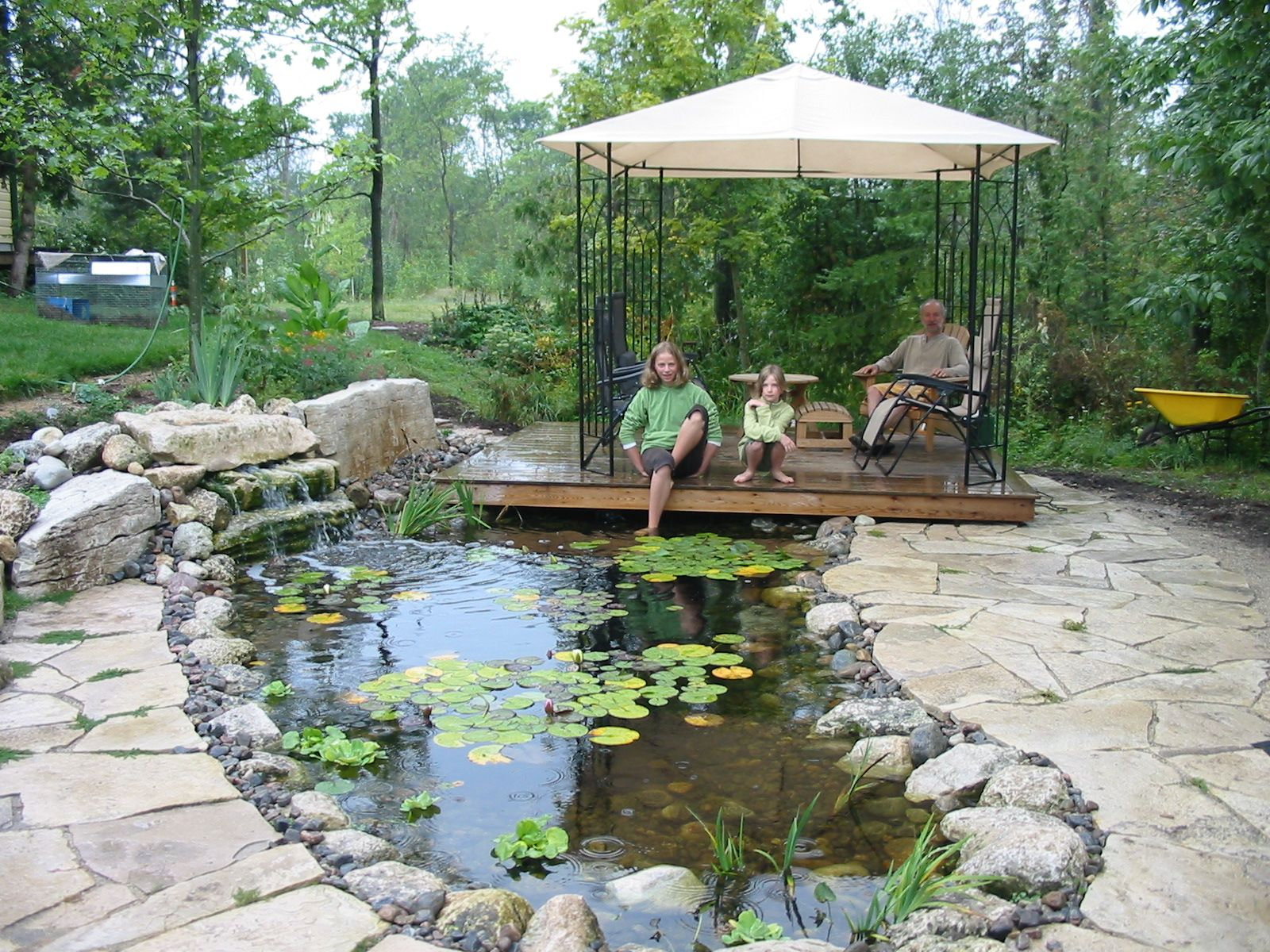 Small Backyard Ponds And Waterfalls | Ponds And Waterfalls ... on Small Backyard Pond With Waterfall id=67451