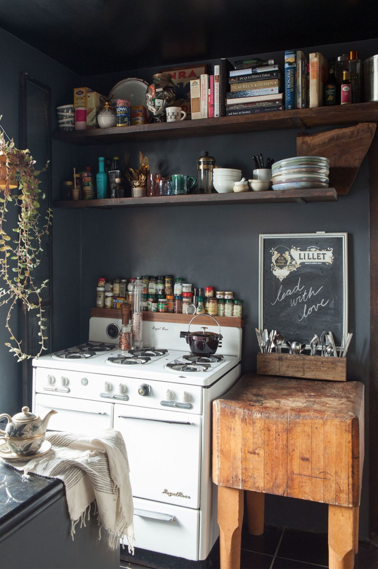 black and white rustic kitchen with boho and vintage style k i t c h e n pinterest rustic on boho chic kitchen table decor id=45110