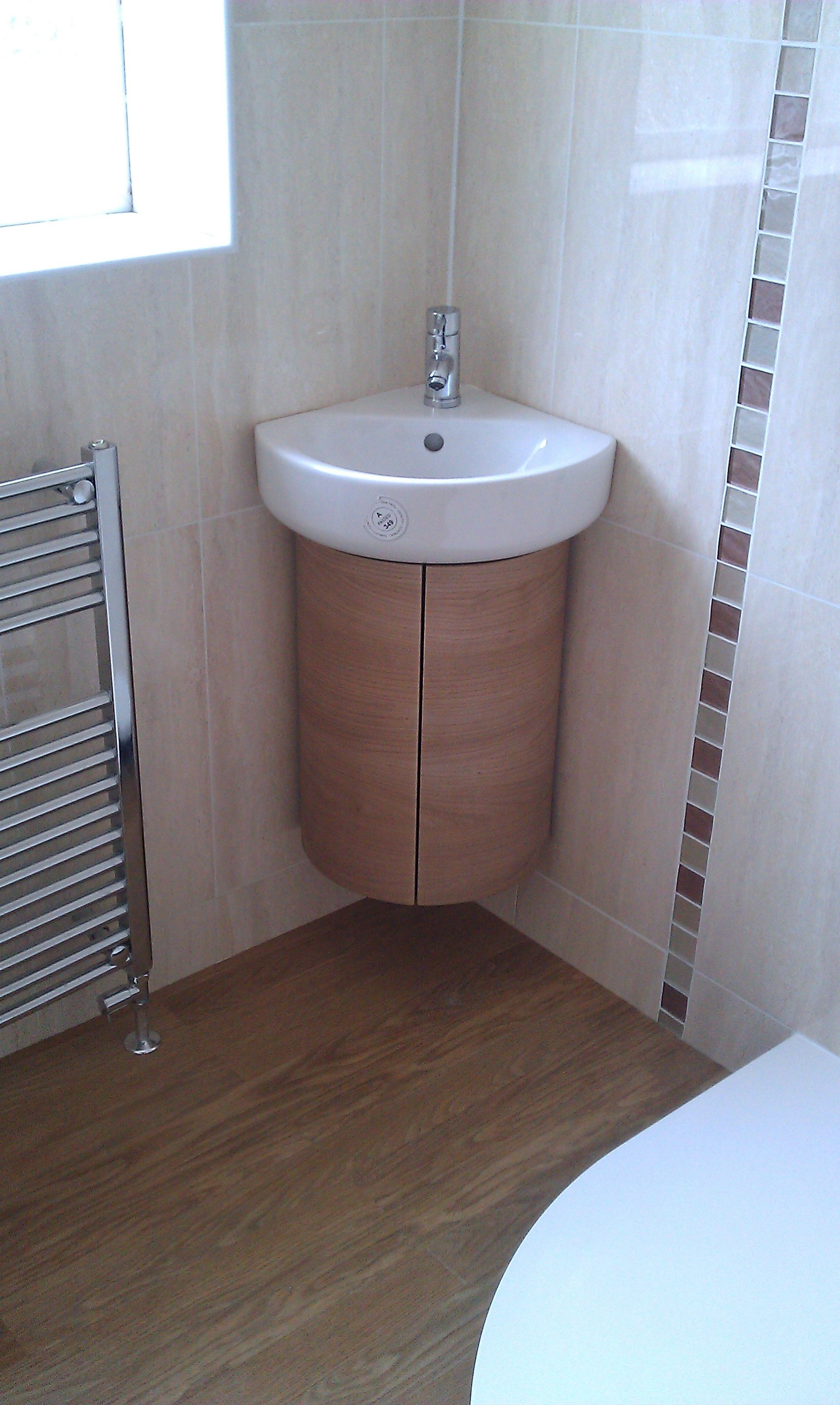 Bathroom Beauty Corner Pedestal Sink Bathrooms Ideas For