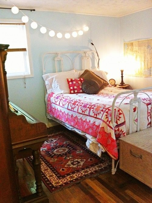 guest bedroom including pier 1 antiqued bird clock and paper