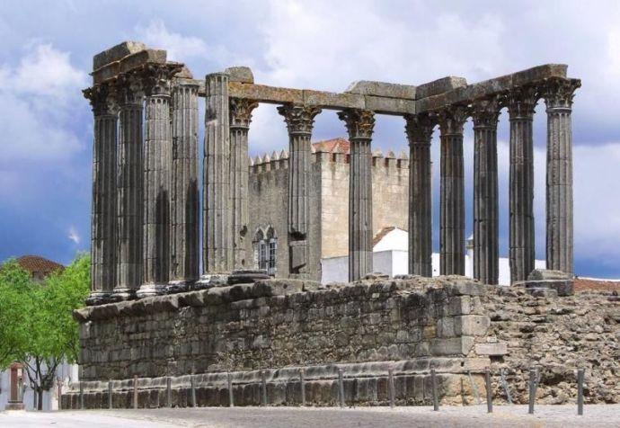 Templo romano de Diana alentejo portugal
