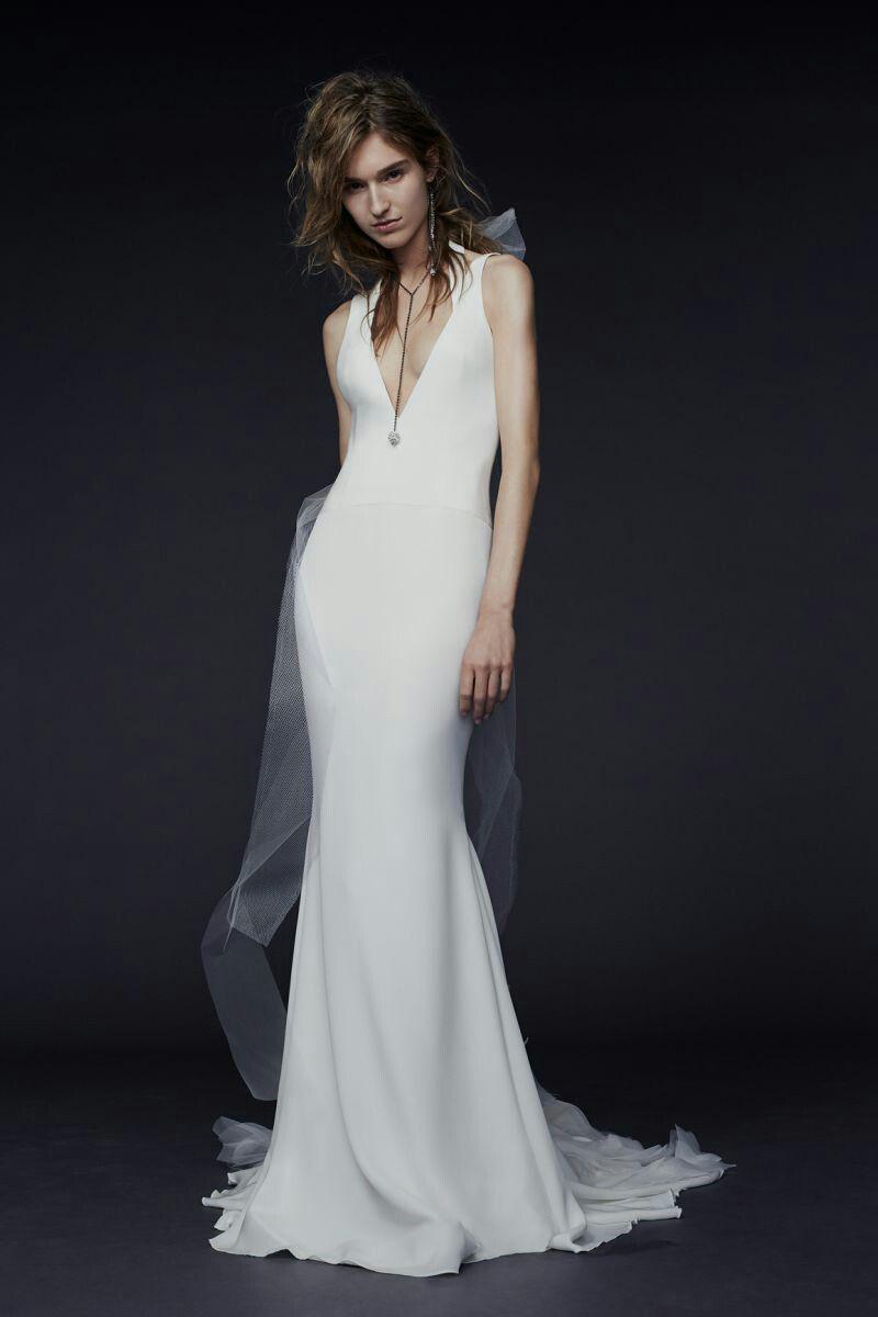 7c4b6f4fcdc4 Pin by sarah nicole on wedding dresses pinterest wedding dress ...