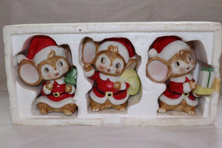 Vintage Homco Christmas Mice Set of  Holiday Decor Santa Home