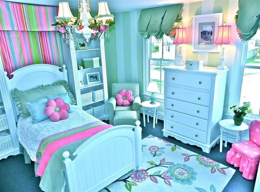 Decorating Girls Bedroom ~ Beautiful Bedroom Ideas for ... on Pretty Rooms For Teenage Girl  id=68922