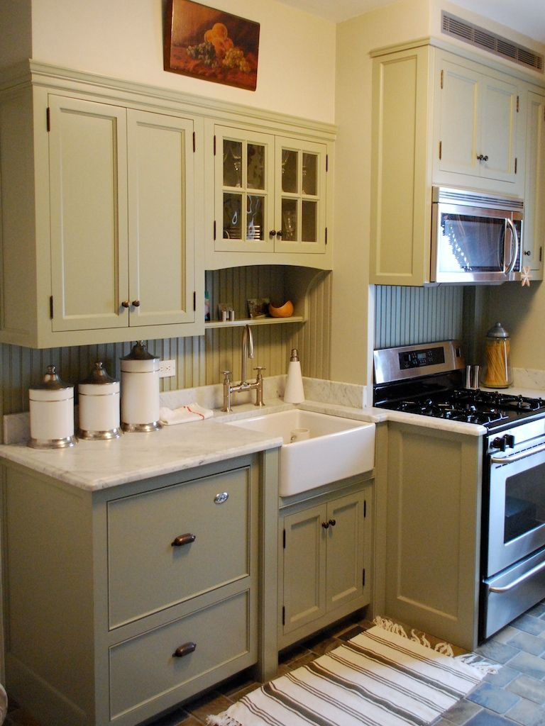 sage green painted kitchen cabinets for the home pinterest farmhouse kitchens kitchens on farmhouse kitchen cabinets id=64016