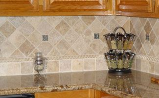 Kitchen Tile Backsplash Ideas With Oak Cabinets
