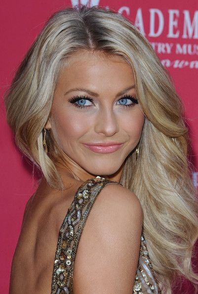 More Pics Of Julianne Hough Long Curls Julianne Hough