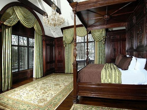 Best 25 Victorian Bedroom Ideas On Pinterest Victorian Bedroom Decor Royal Blue Bedding And