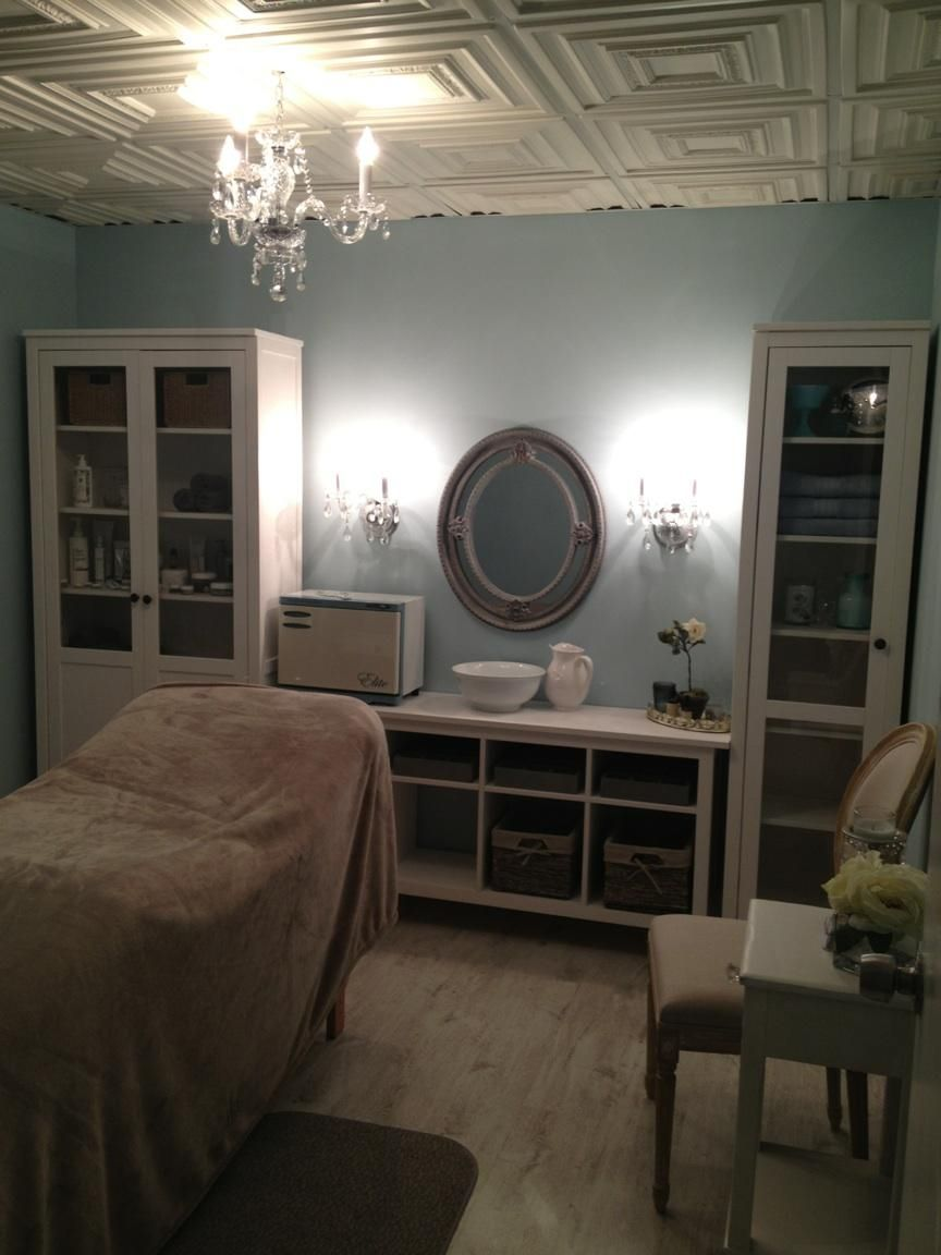 Day Spa Massage Therapy Room