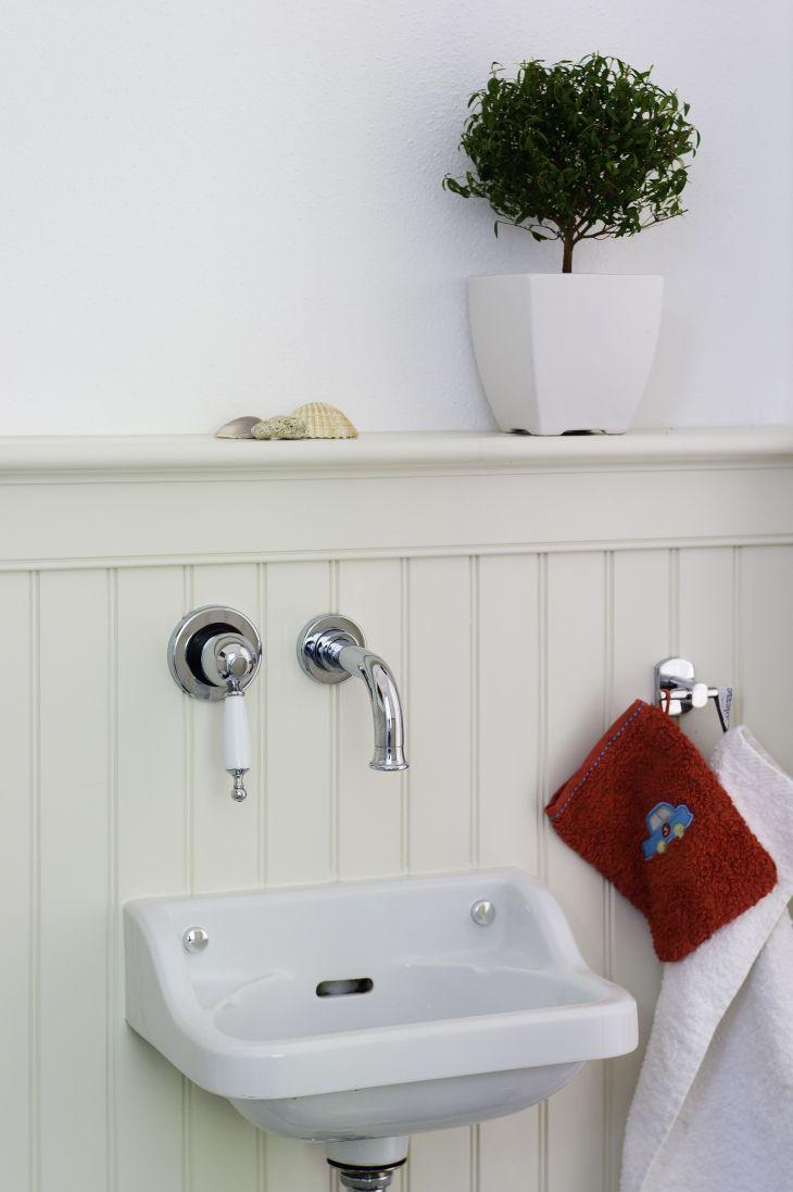 Holzpaneele im Badezimmer Wandgestaltung statt Fliesen USA
