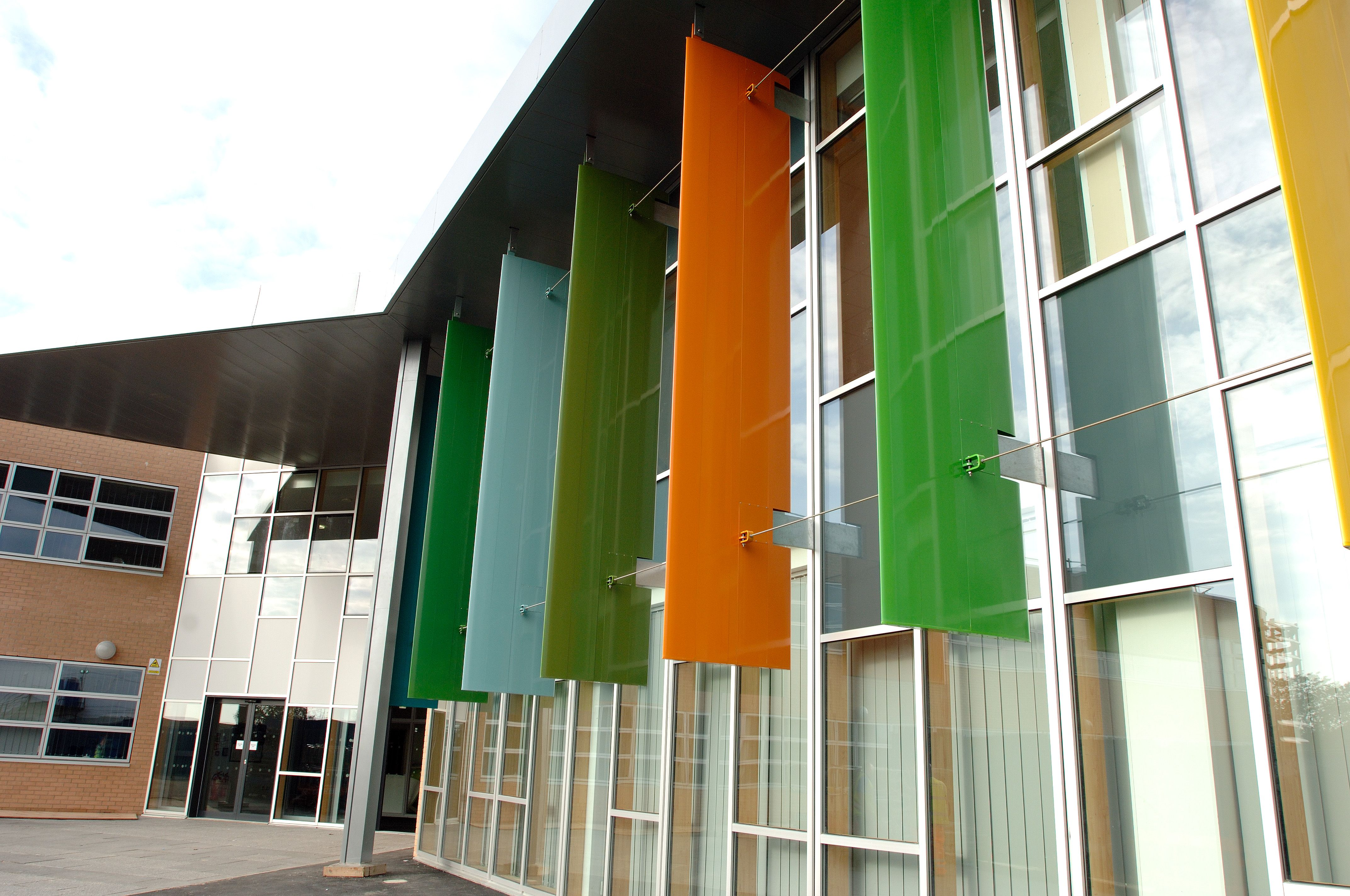 timber curtain wall with vertical brise soleil fins by www on curtain wall id=88329