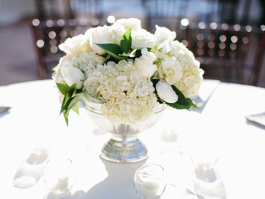 Sliver Pedestal White Classic Wedding Flower Centerpiece