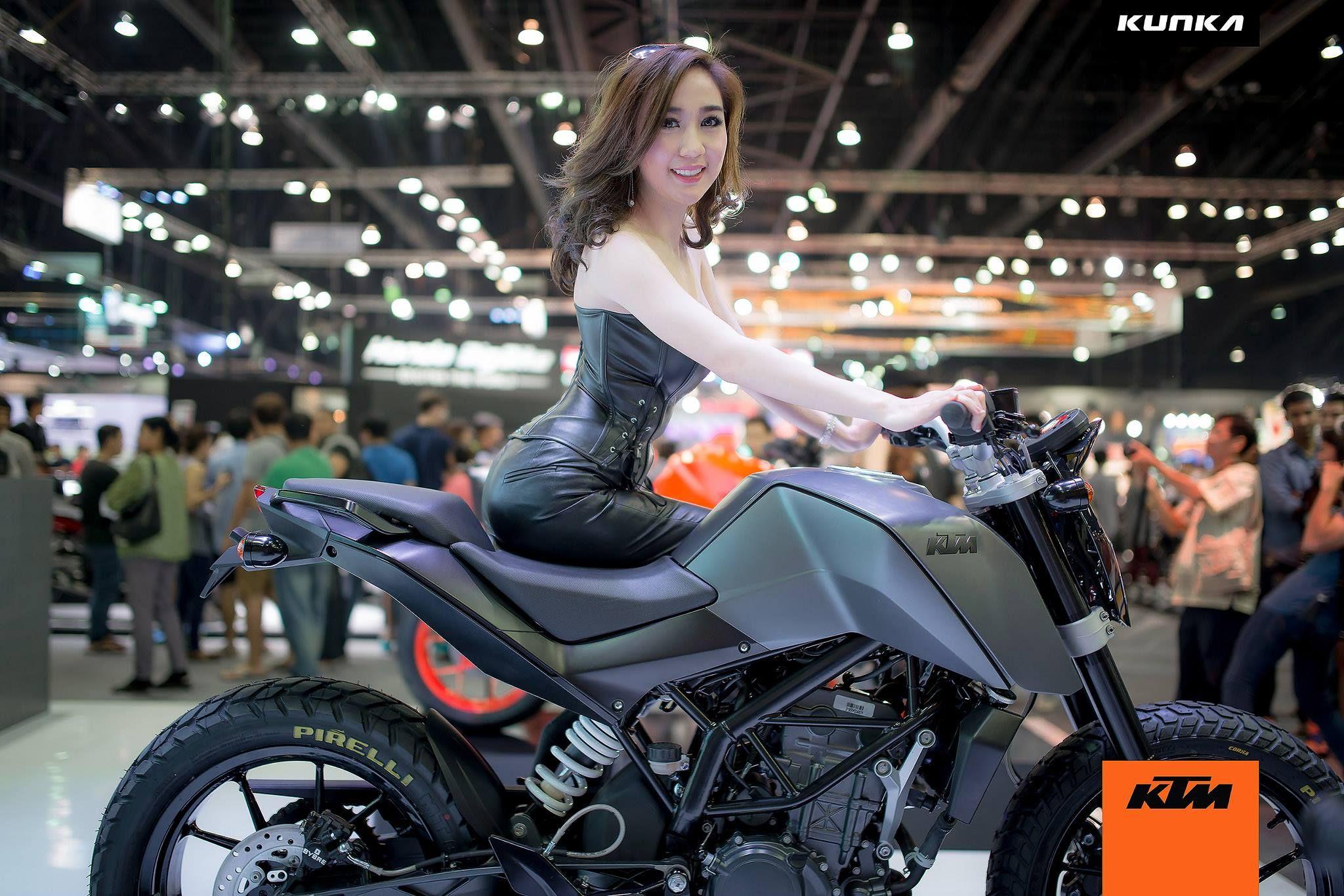 KTM Duke 200 Custom Grey 04 Thailand Show Automviles Y