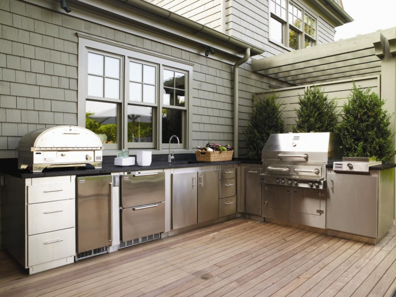 outdoor kitchen ideas on a budget pictures tips ideas outdoor kitchen plans diy outdoor on outdoor kitchen ideas on a budget id=40282